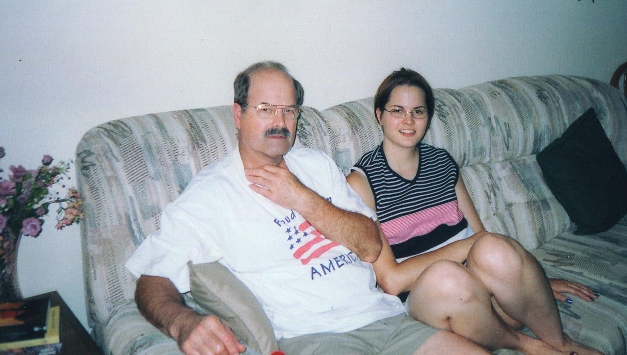 Рассказ о том как отец спит с дочерью 19 фотография