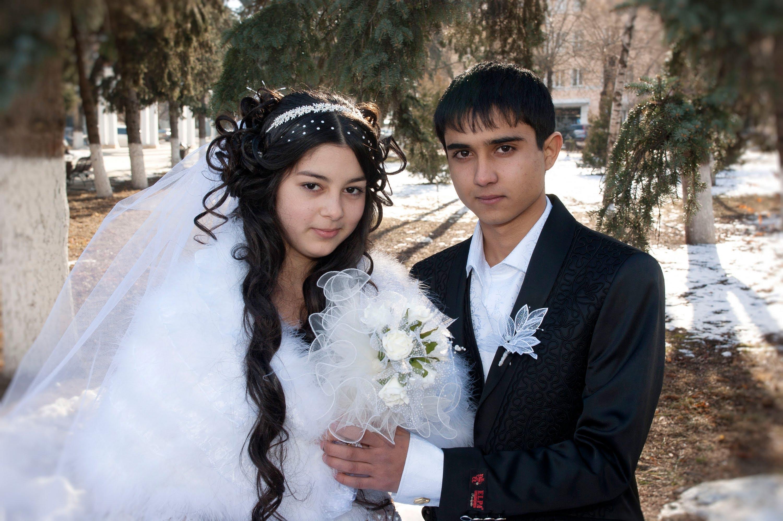Цыганские свадьбы с красной простыней видео, видео голых женщин с большой грудью
